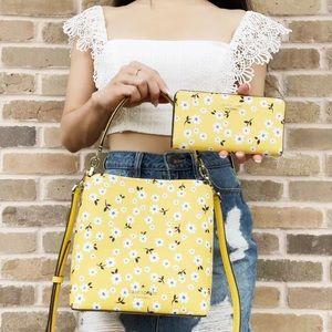 Bundle💕Kate Spade Darcy Floral Bucket Bag/Wallet